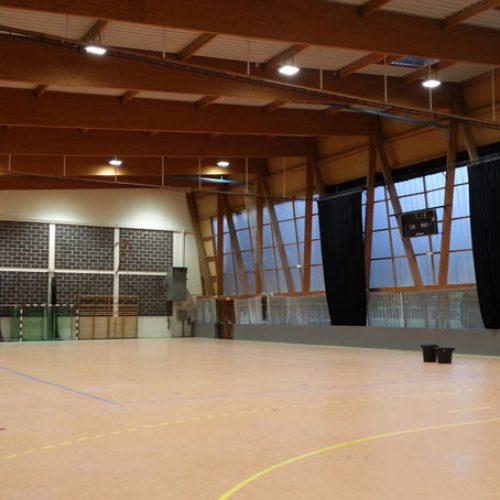 indoor-stadium-light